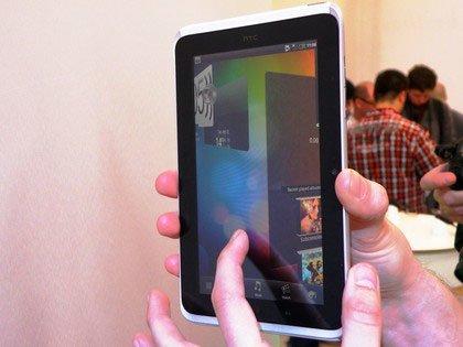 Прокрутка 3D-виджетов в HTC Flyer