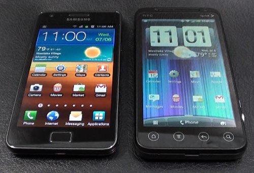 EVO 3D против Galaxy S 2 на видео
