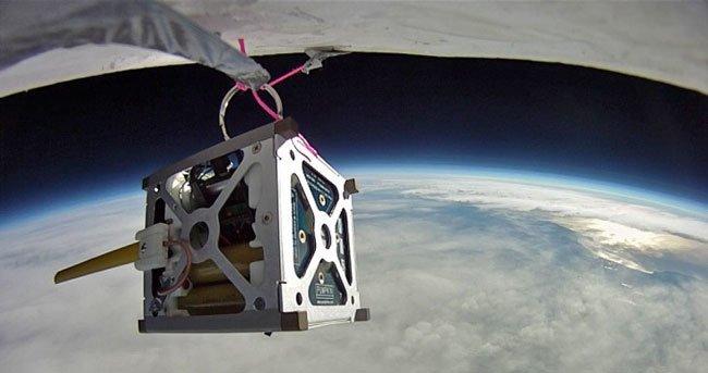 HTC и NASA отправят смартфон Nexus One в космос