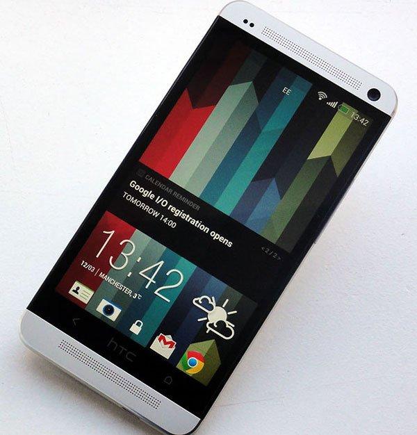 Экран HTC One