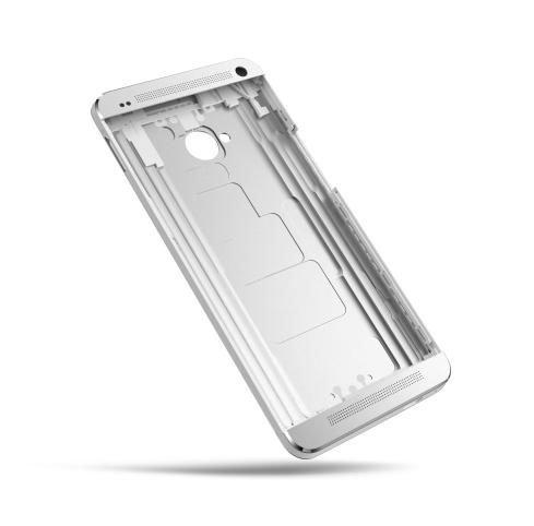 Часть цельнометаллического алюминиевого корпуса HTC One