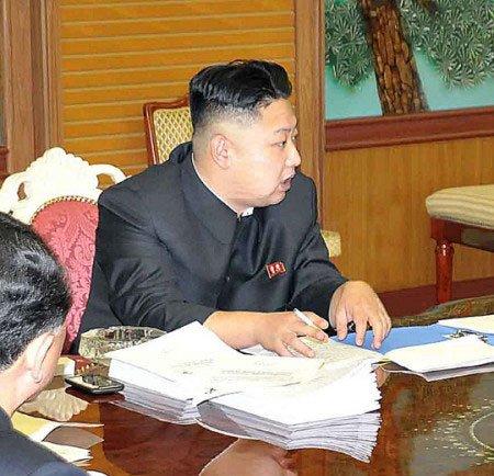 Ким Чен Ын и его HTC