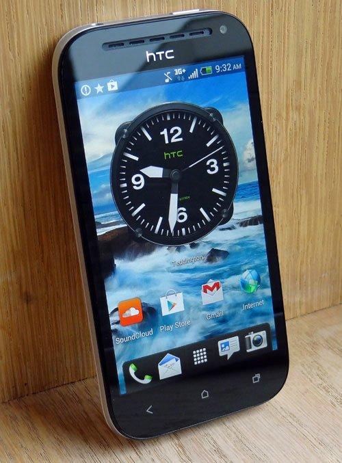 HTC One SV — вид спереди