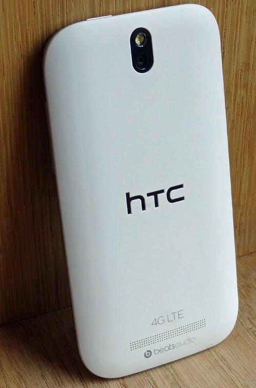 HTC One SV — вид сзади