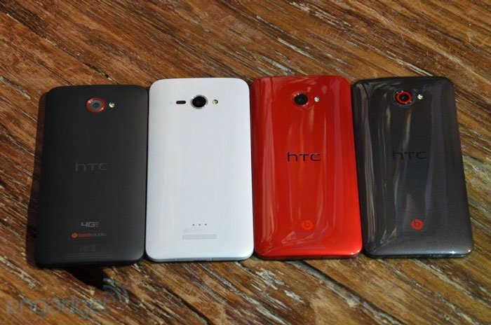 HTC Butterfly x920d/e, Droid DNA и J Butterfly — вид сзади