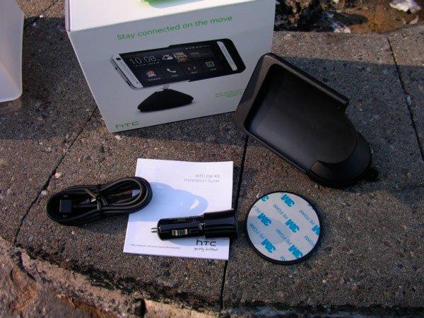 Комплект поставки автодержателя D160 для HTC One