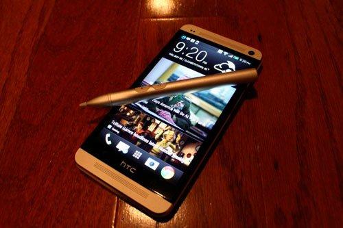 HTC One Max с электронным пером