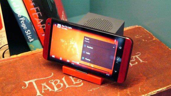 Переносной сабвуфер HTC BoomBass