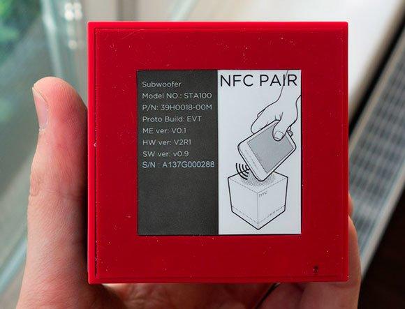 Bluetooth-сабвуфер HTC BoomBass соединяется со смартфонами по NFC