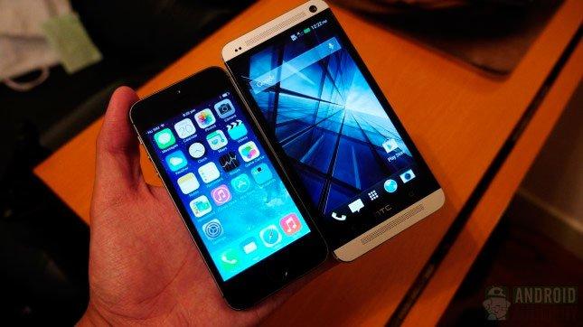 Сравнение iPhone 5s и HTC One: экраны