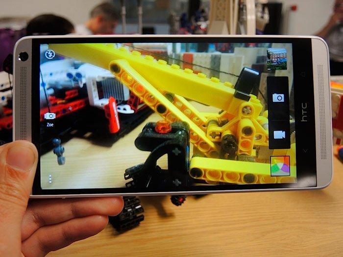 Интерфейс камеры в HTC One max