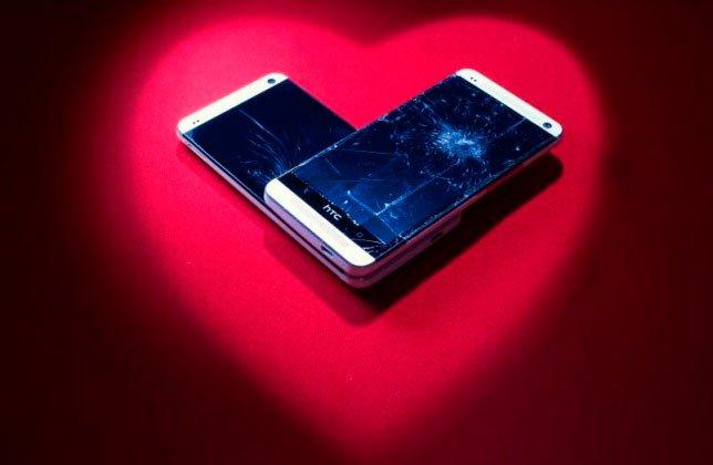 «Разбитое сердце» от HTC