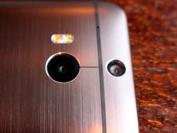 Двойная камера HTC One M8