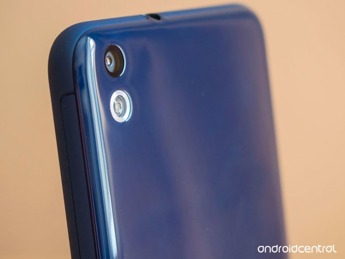 Камера HTC Desire 816