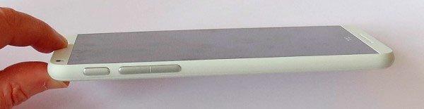 HTC Desire 816 сбоку