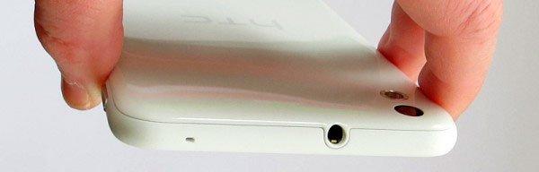 HTC Desire 816 сверху — аудиогнездо