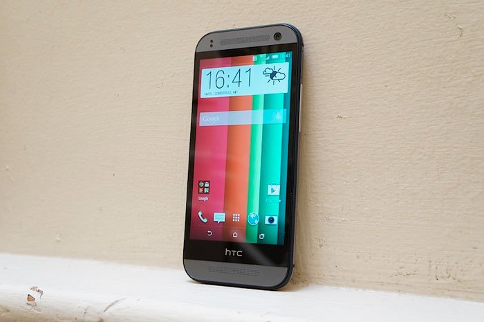 Экран HTC One mini 2