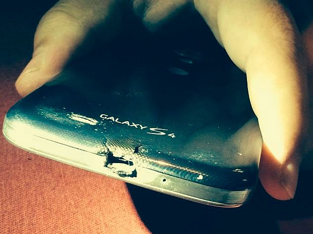 «Подгоревший» Galaxy S4